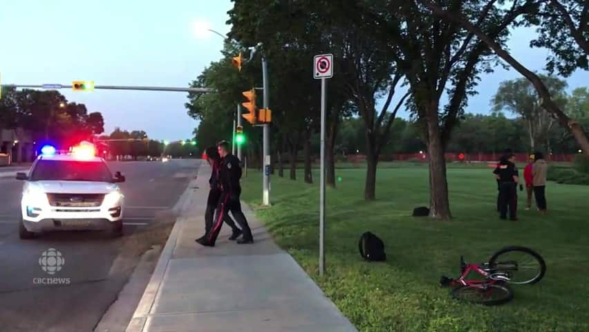 RAW VIDEO: Regina police arrest man on lawn of CBC building