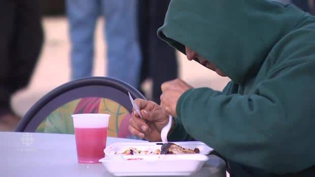 Winnipeg Food Trucks Serve Up Free Lunch For The Homeless Cbc News