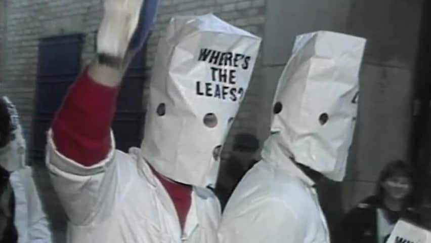How Leafs Fans Made The Best Of A Bad Losing Streak Cbc Archives