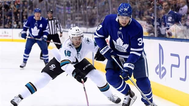ec04fad89 Matthews sets up Tavares in return to Leafs lineup - CBC Player