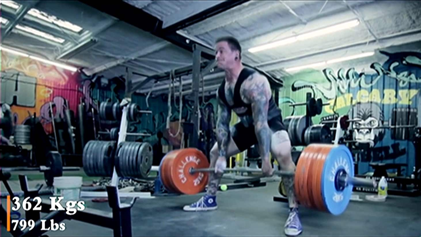 Watch Bryce Krawczyk unofficially tie a world record with a 362-kg deadlift