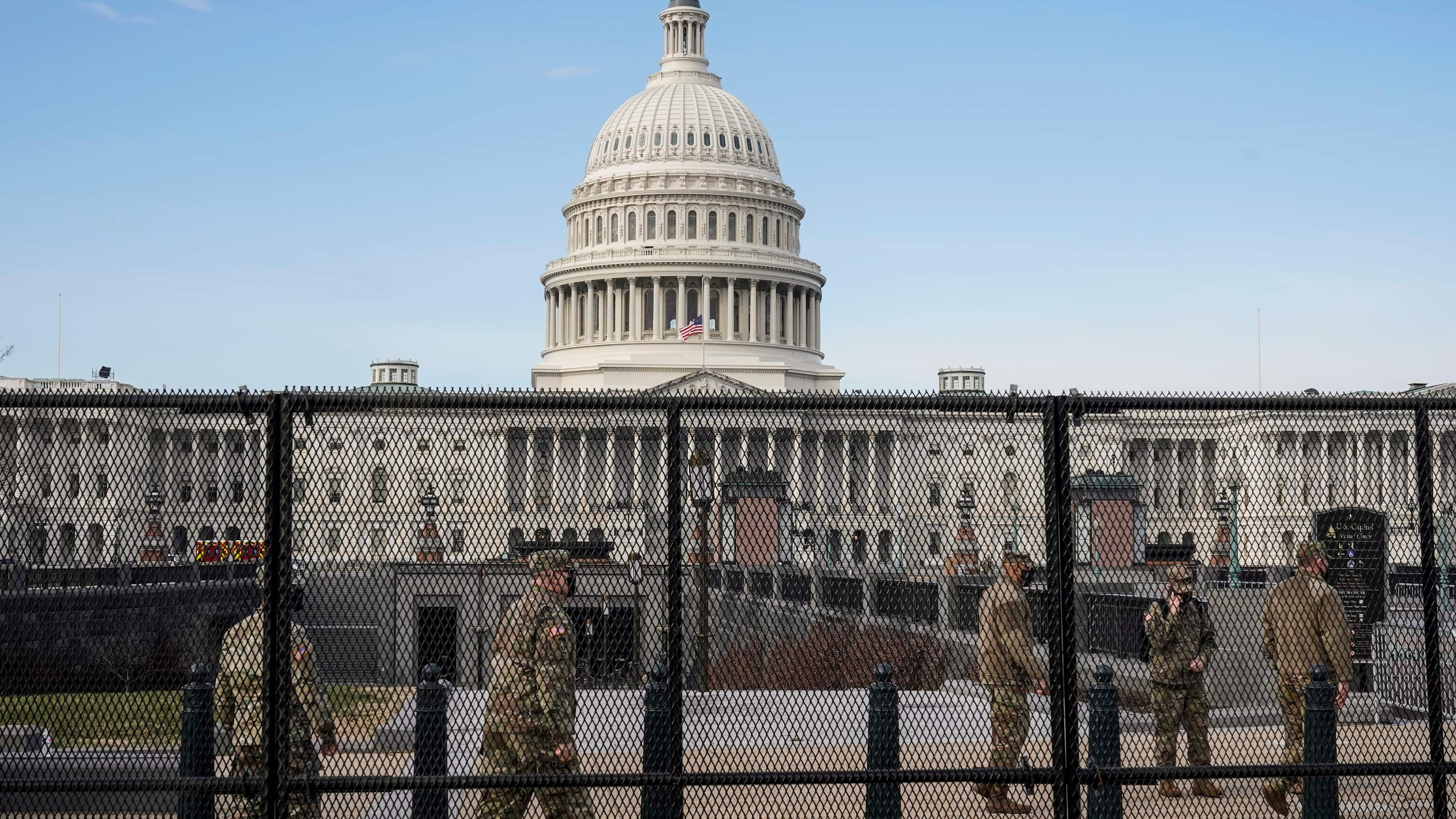 Trump allies involved in rally that ignited U.S. Capitol siege, records show thumbnail