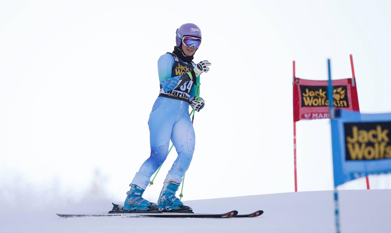 Olympic champion tina maze hangs up skis cbc player for Olimpici scandinavi