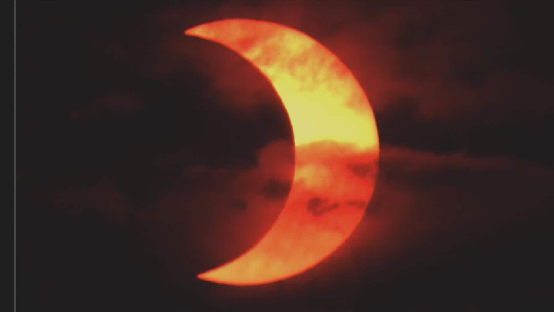 Solar eclipse steals the early morning spotlight