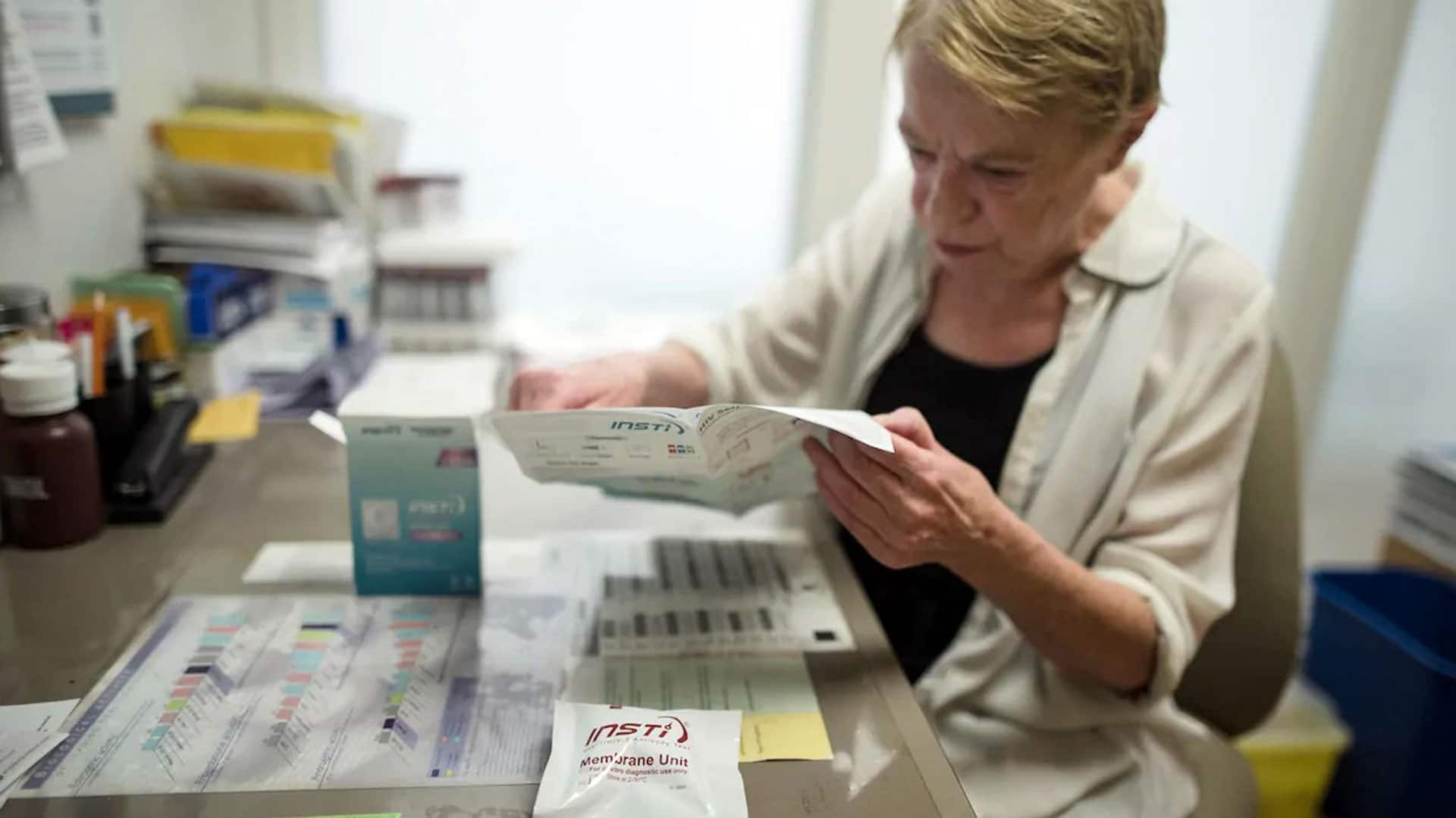 1st HIV self-test accepted in Canada thumbnail