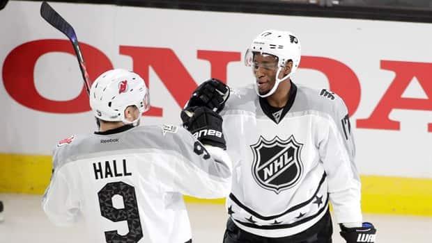 hot sale online ef52f 81821 Wayne Simmonds named MVP as Metropolitan Division wins NHL All-Star Game