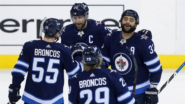 super popular e8258 69639 Winnipeg Jets head into playoffs on 5-game win streak