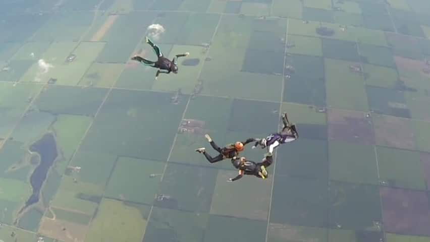 Bad weather can't ground Alberta skydiving competition