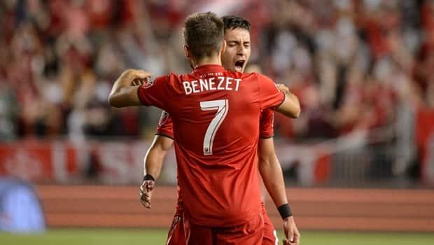Nico Benezet nets 1st MLS goal as Toronto FC draw New England Revolution