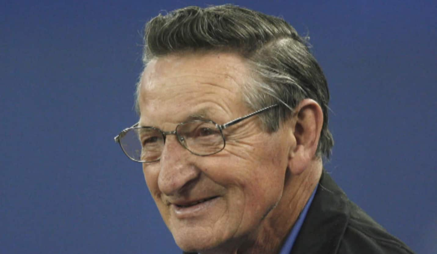 Hockey world paying tribute to the Great One's late father, Walter Gretzky