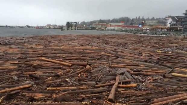 What causes the rain in British Columbia?