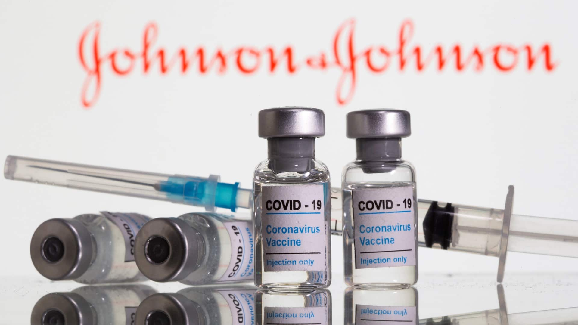 Canadians shouldn't shop around for vaccines with higher efficacy rates, experts say