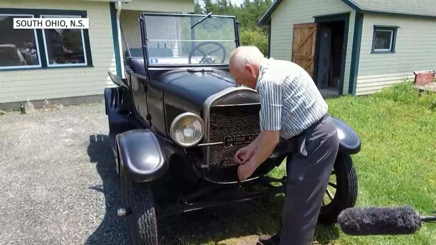 Novia Scotia man, 87, still driving the Model T he bought 70
