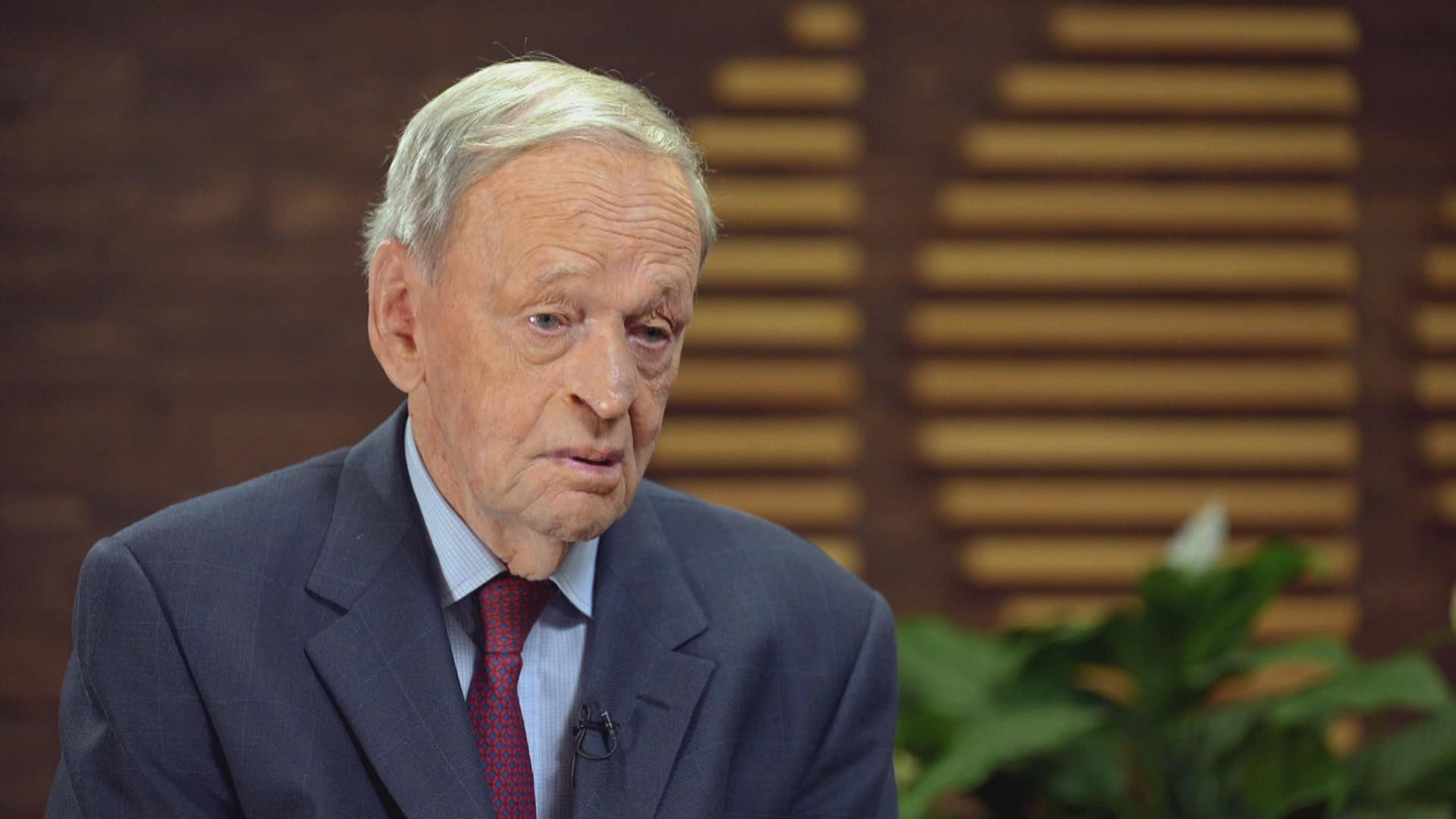 Former PM Chrétien reflects on difficulties of forming a cabinet