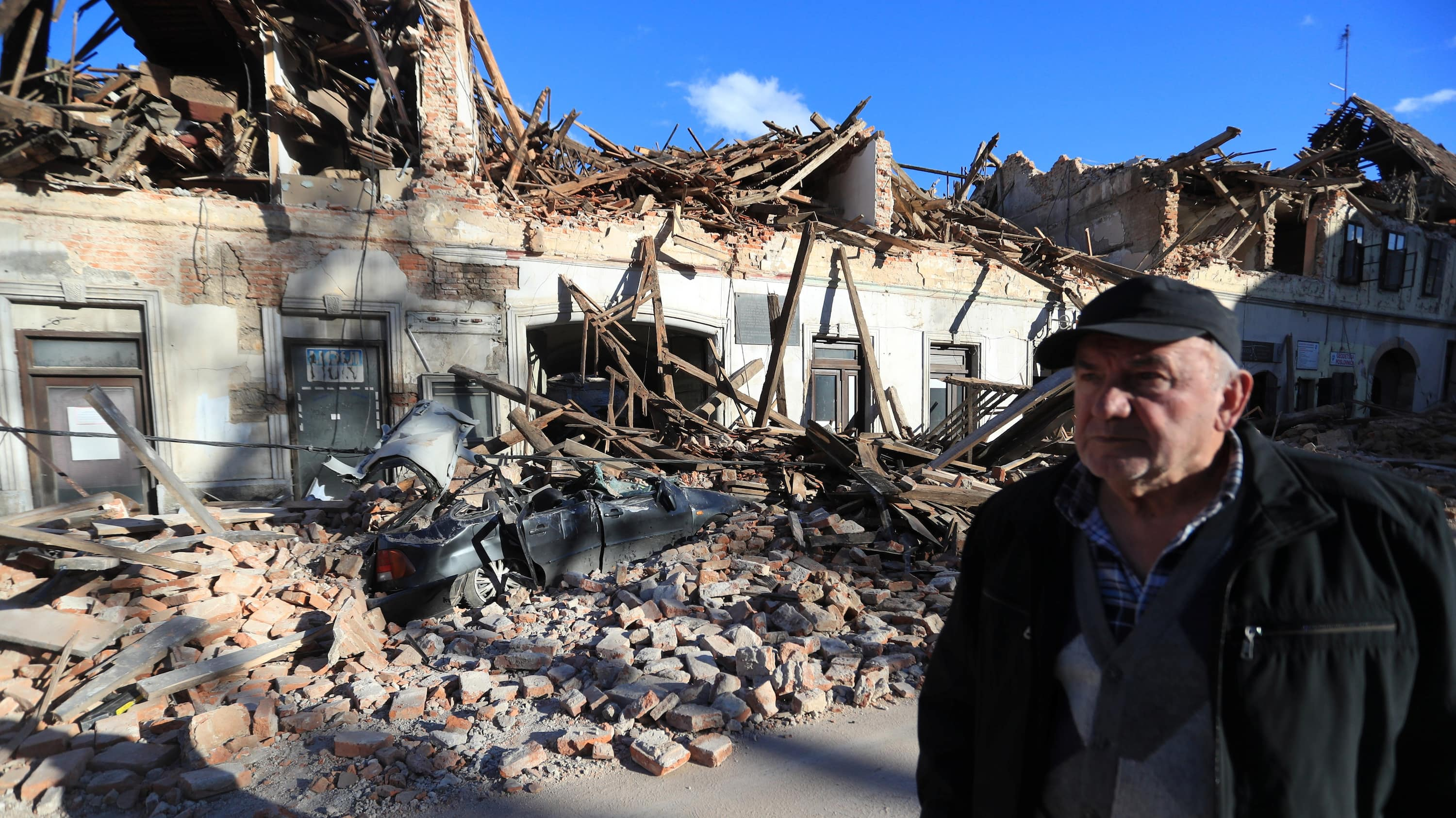 7 Reported Dead After Strong Earthquake Hits Central Croatia Cbc News