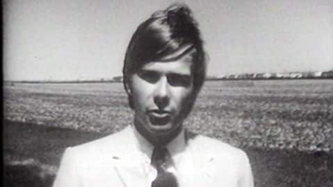 Digital Archives - Peter Mansbridge, field reporter